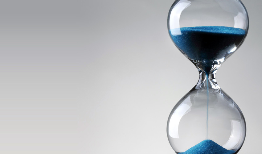 Hourglass representing the deadline for convention registration